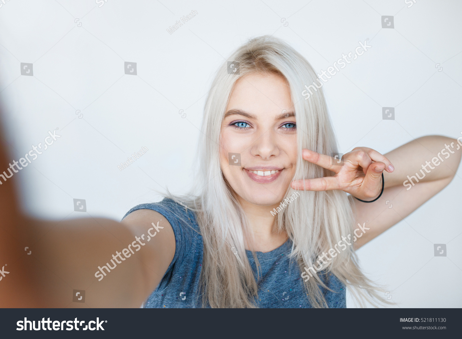 Pretty Young Girl Blond Dyed Hair Stock Photo Edit Now 521811130