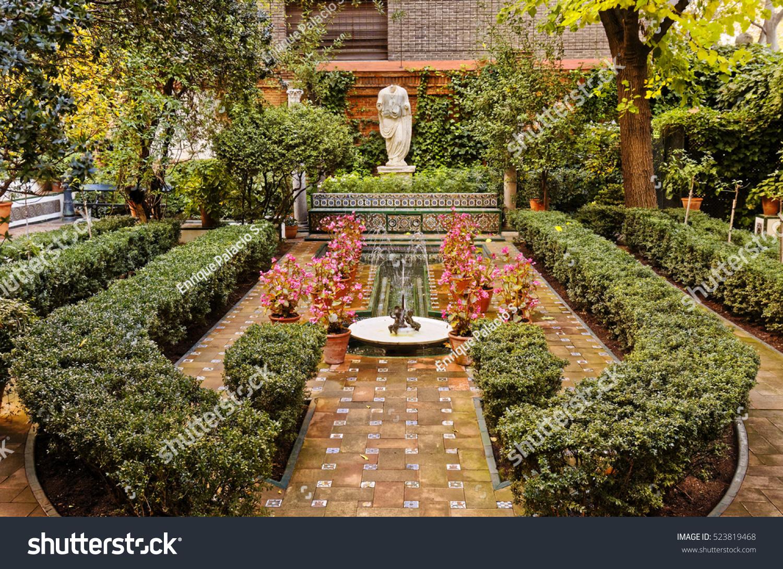 Madrid Spain November 24 2016 Gardens Stock Photo (Edit Now ...