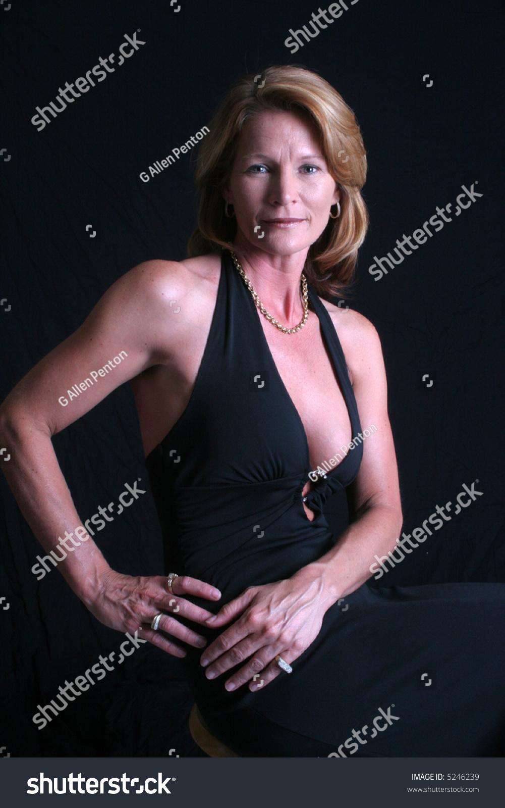 Sexy mature women models