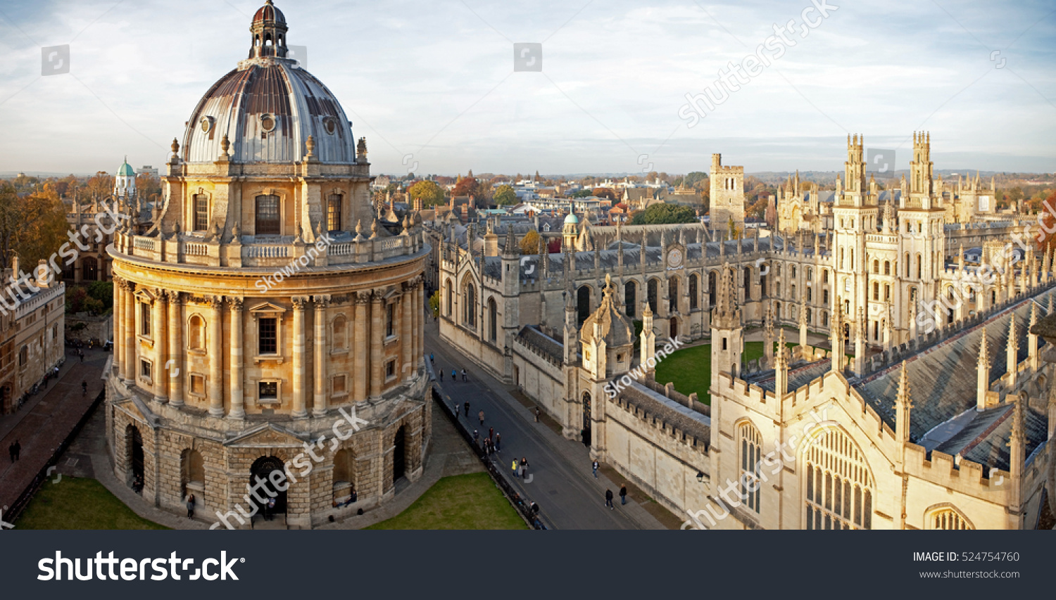 radcliffe camera all souls college oxford の写真素材 今すぐ編集