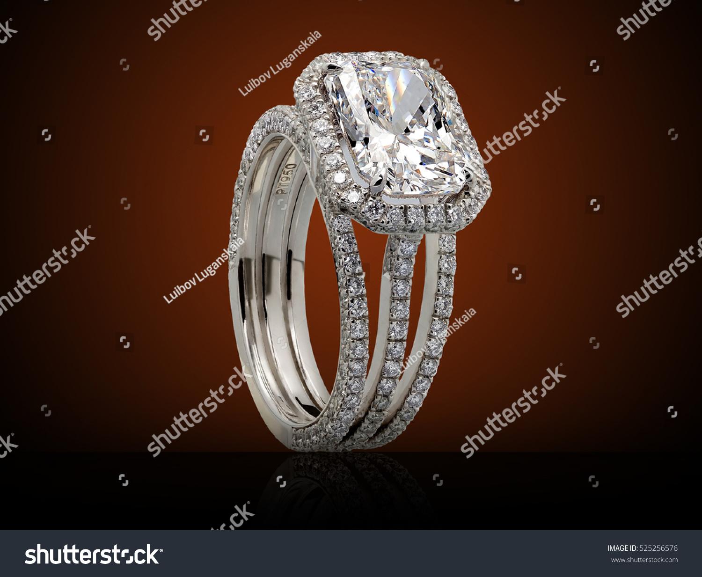 Fine Luxury Diamond Jewelry White Gold Stock Photo 525256576 ...