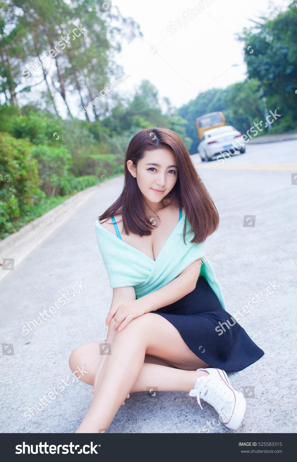 Sexy Beautiful Asia Japanese Model Stock Photo 525583315 - Avopixcom-3189