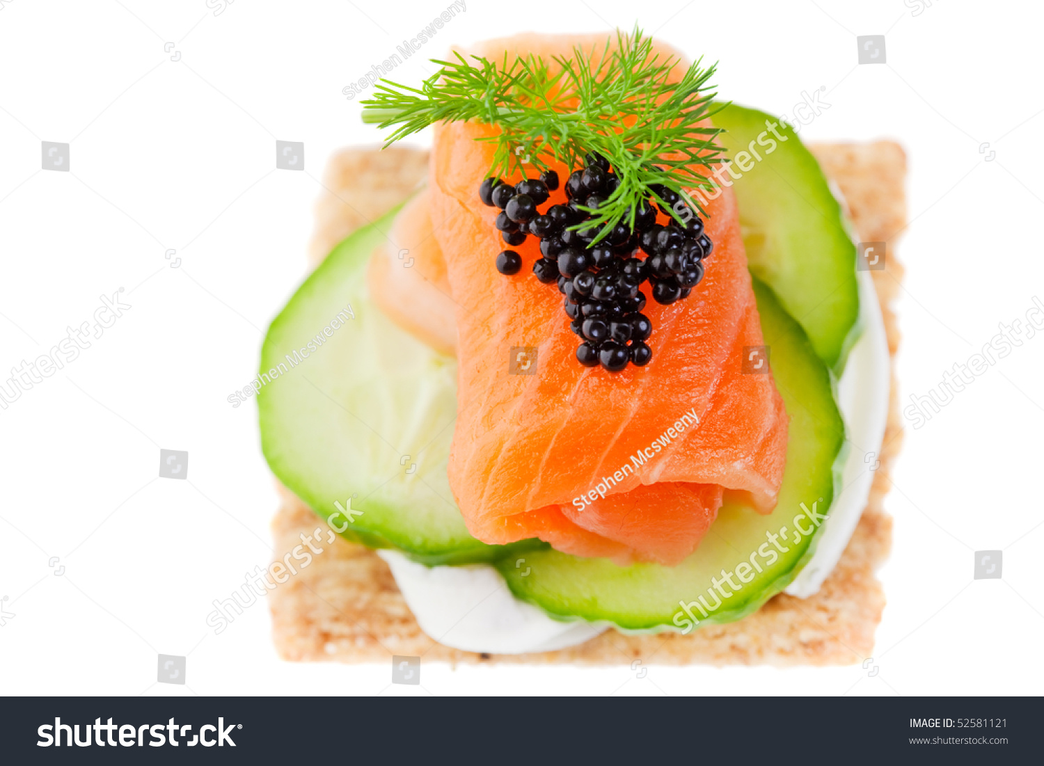 Canape with smoked salmon cream cheese and caviar for Smoked salmon cream cheese canape