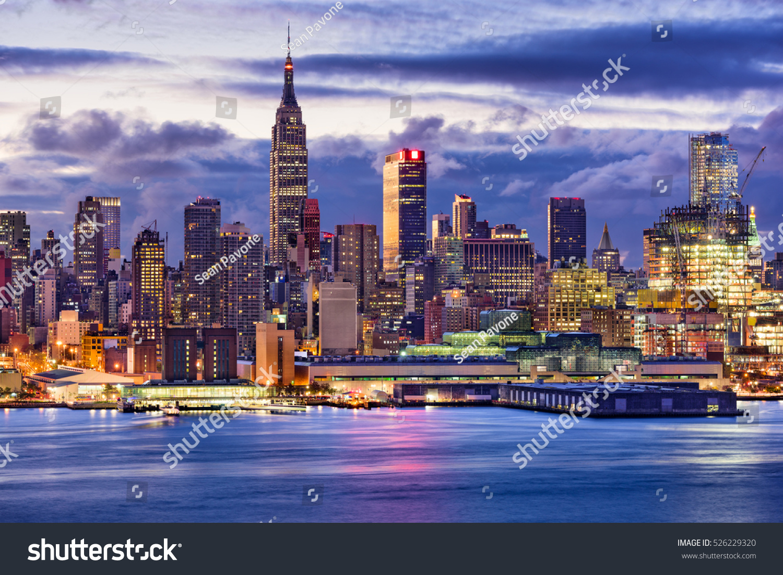 new york city midtown manhattan skyline stock photo 526229320 shutterstock. Black Bedroom Furniture Sets. Home Design Ideas