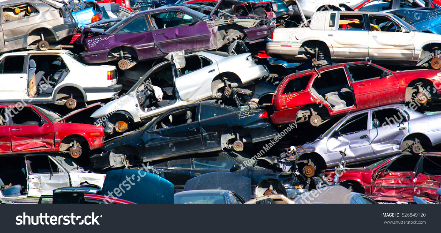 Scrap Car Recycle Yard Stock Photo 526849120 - Shutterstock