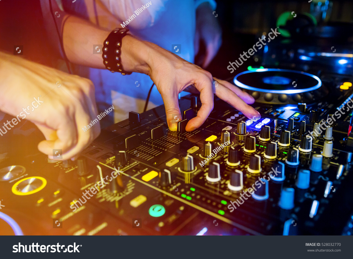 dj mixes for party