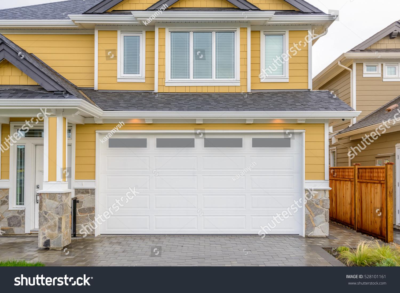 Garage Door Vancouver Canada Stock Photo Edit Now 528101161