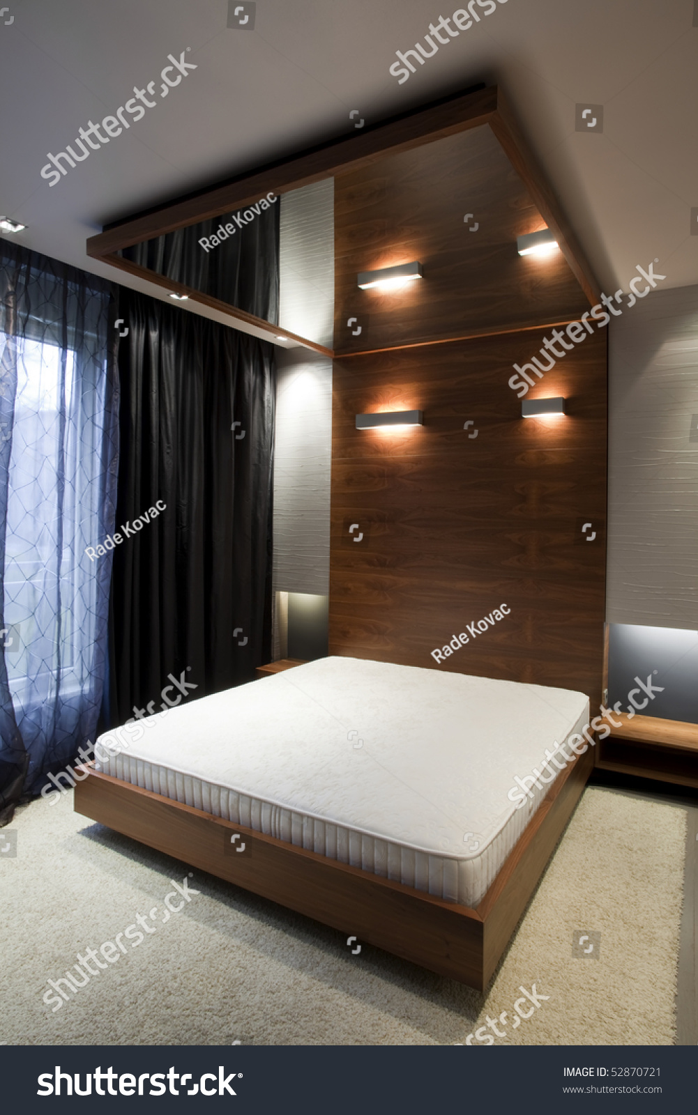 Bedroom With Mirror On The Ceiling Stock Photo 52870721 : Shutterstock