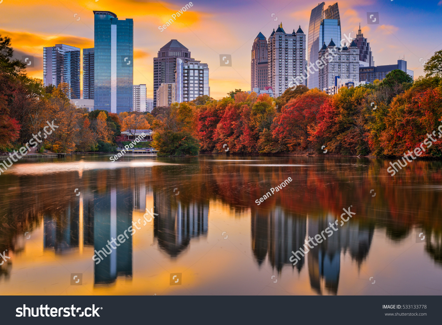 atlanta georgia usa piedmont park skyline stock photo 533133778 shutterstock. Black Bedroom Furniture Sets. Home Design Ideas