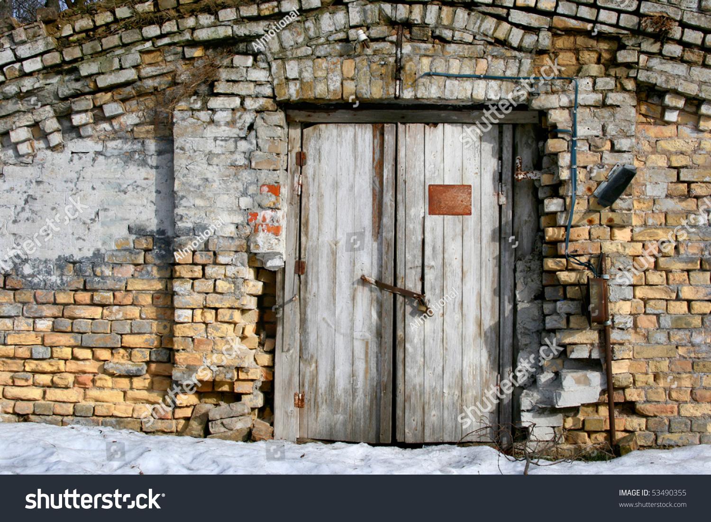 Vintage old door brick wall front stock photo 53490355 for Wall in front of main door