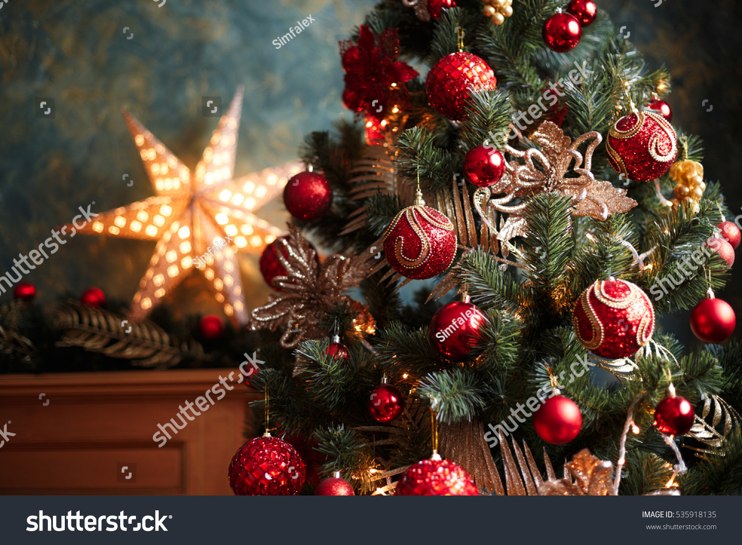 Interior photo of christmas tree with red and yellow for Red and yellow christmas tree