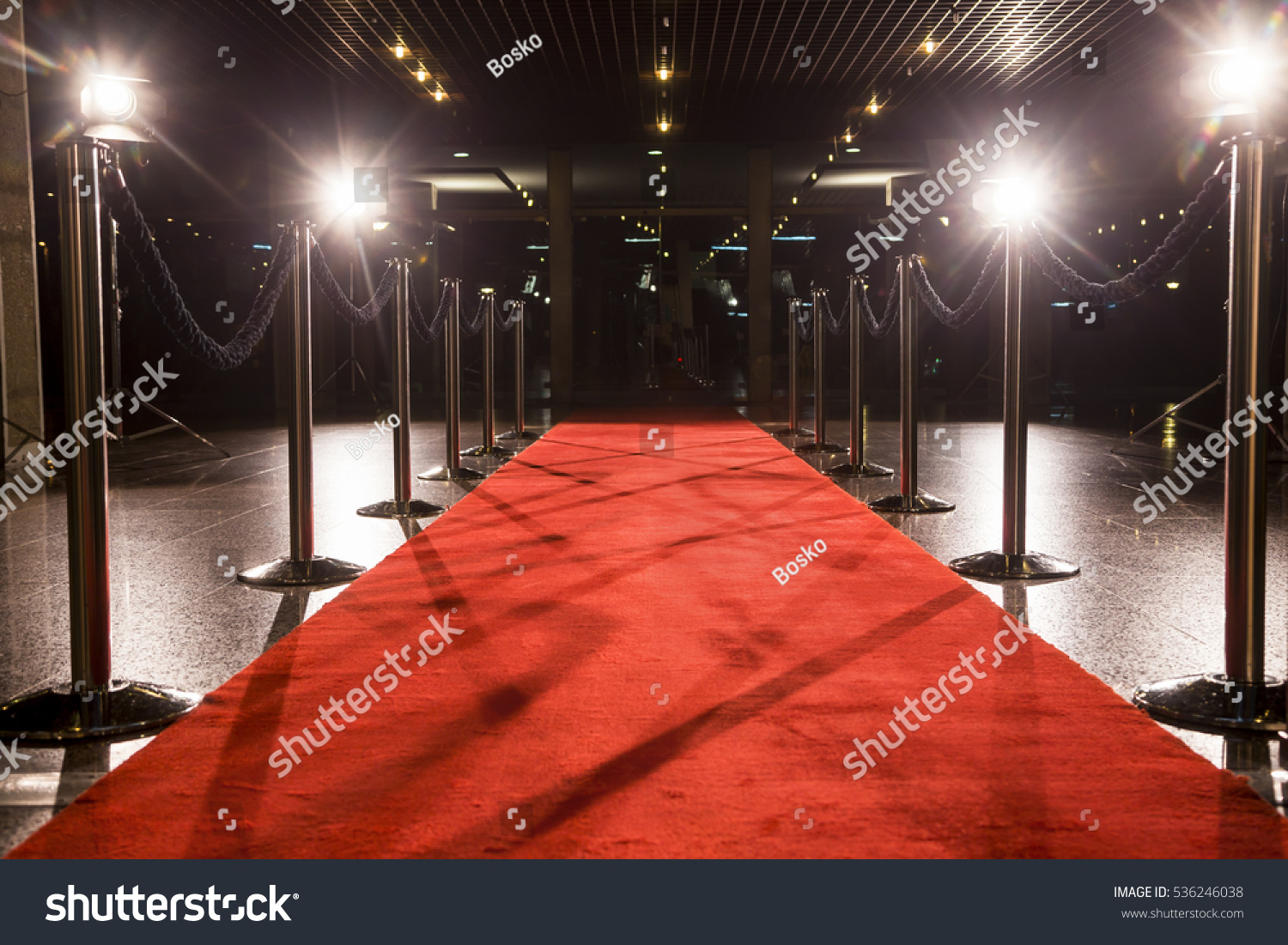 Long red carpet between rope barriers on entrance. #536246038