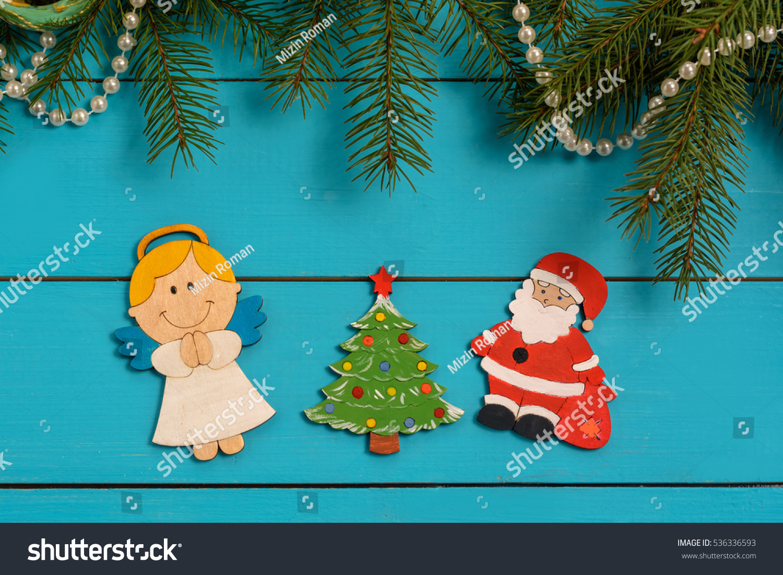 Handmade Wooden Christmas Tree Decorations Santa Editar Agora Foto Stock 536336593