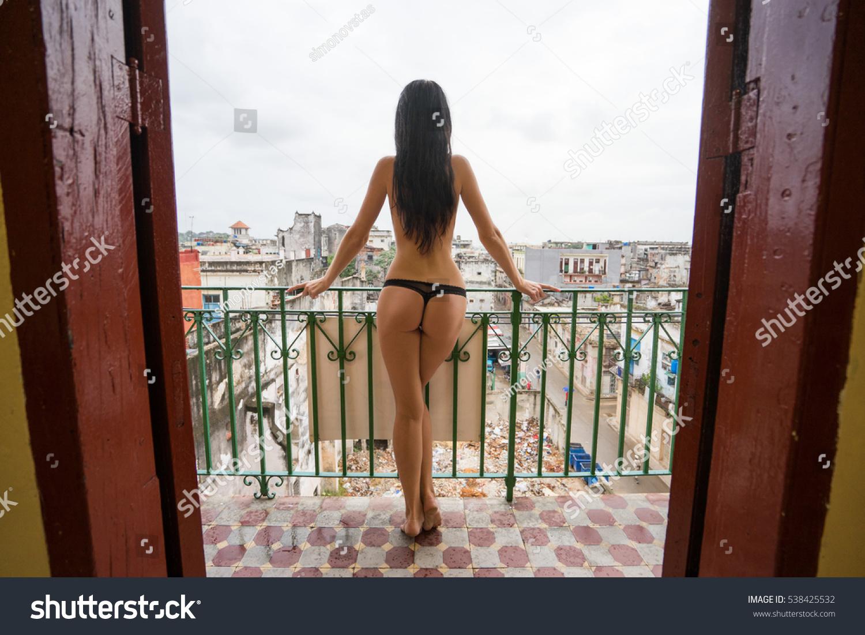 naked long tall black girl