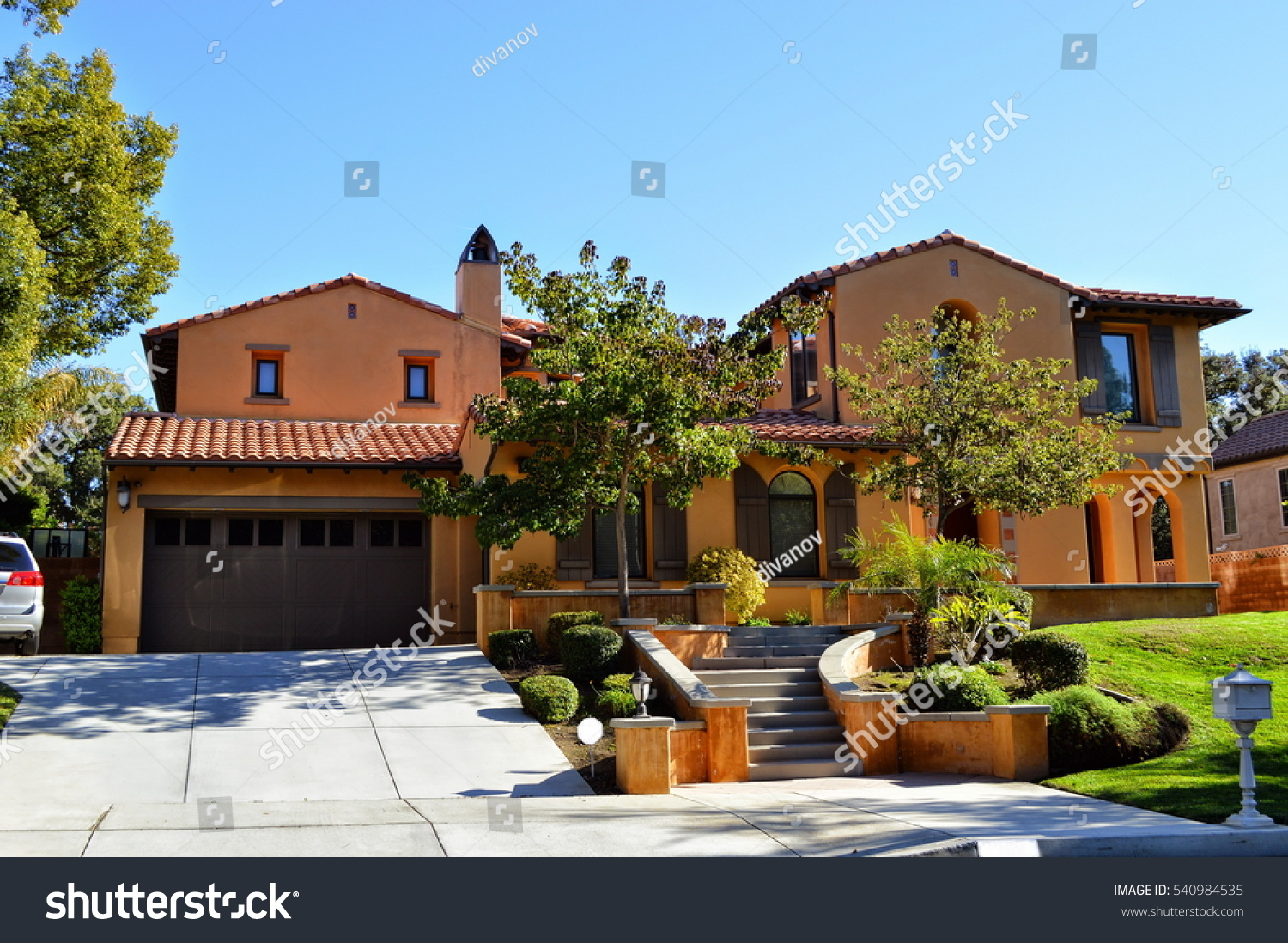 Luxury Custom Made Houses Mansions Nicely Stock Photo 540984535