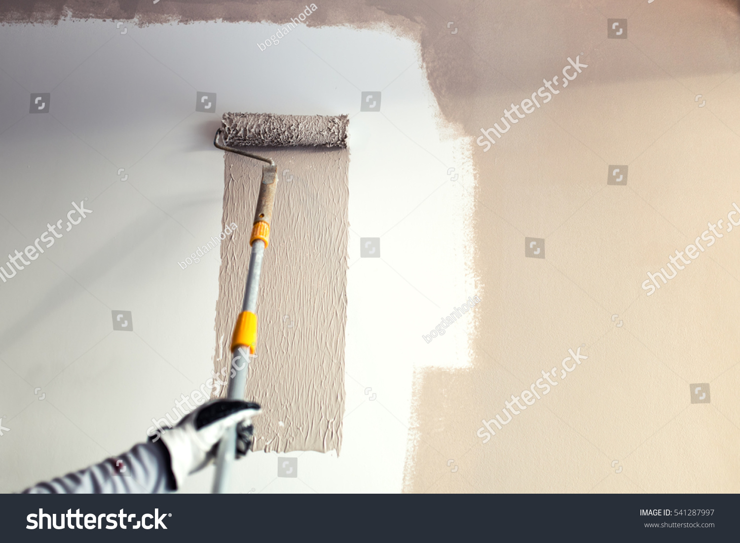 Close details painting walls industrial worker stock photo for Wall painting utensils