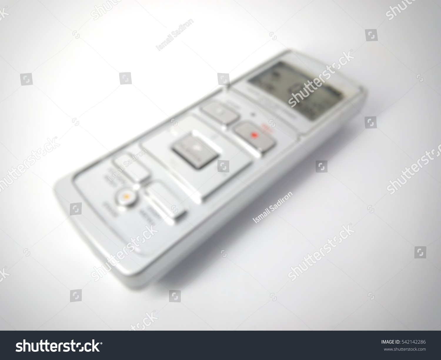 Digital Clinical Thermometer Ez Canvas Telephone Voice Recorder Circuit Is As Shown In The Picture It