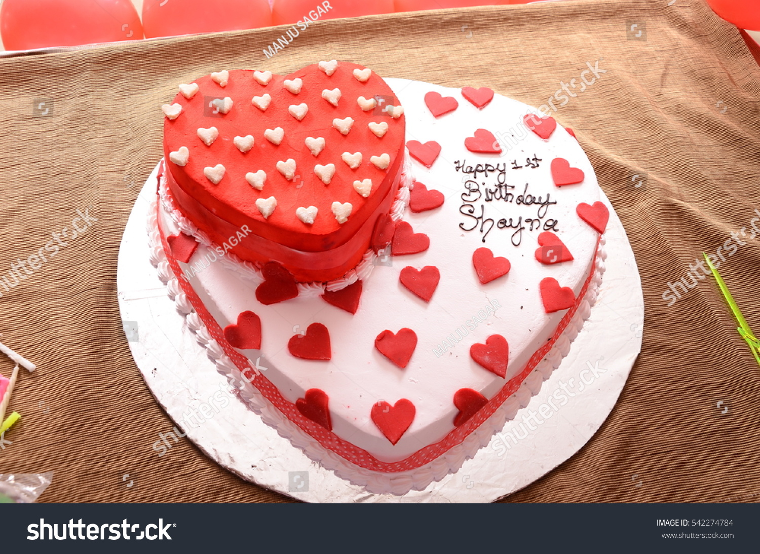 4d6f203f0 Cakes are special. Every birthday, every celebration ends with something  sweet, a cake.