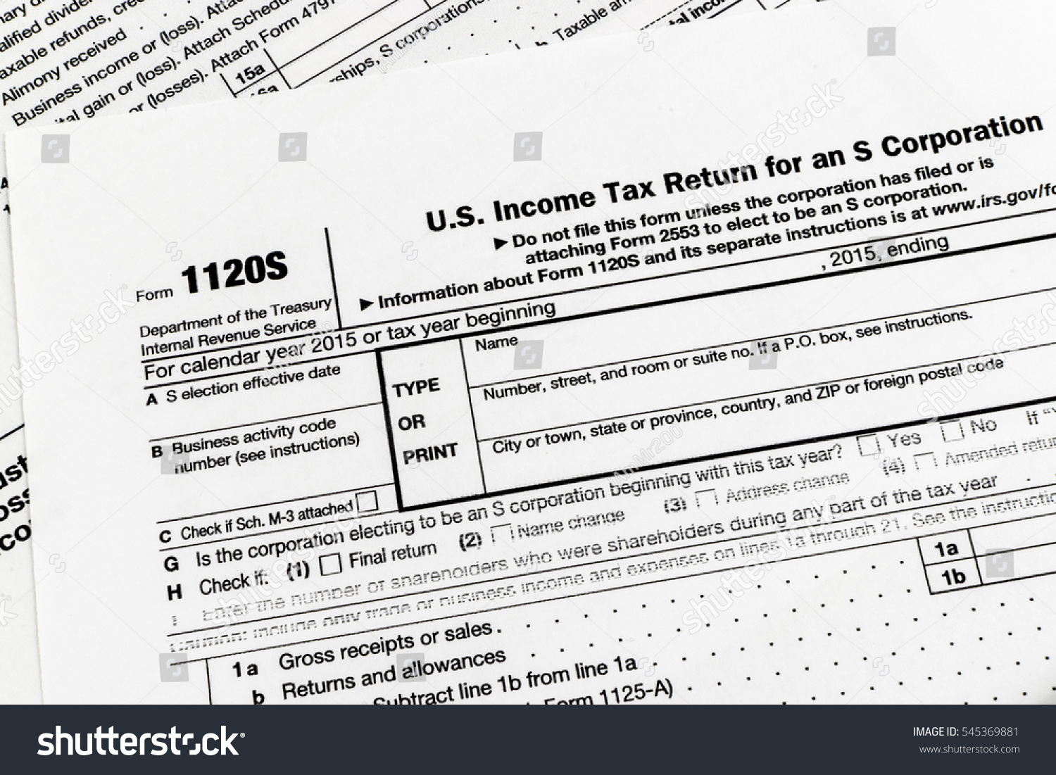 1040 Tax Form With A Shallow Depth Of Field Ez Canvas