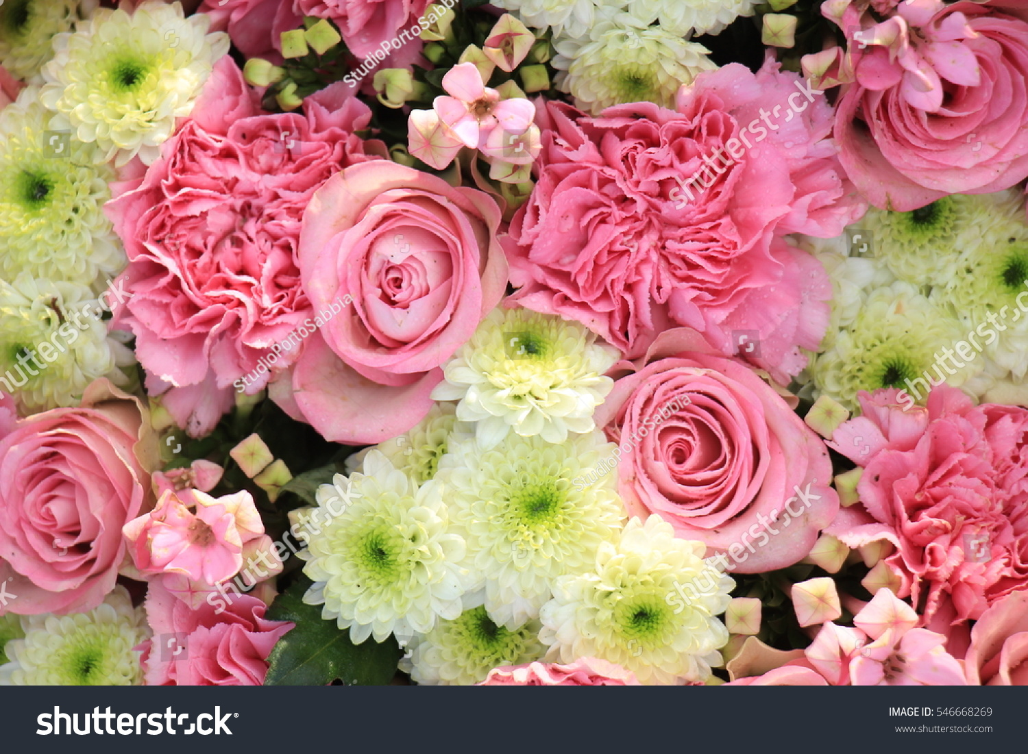 Delicate fresh bouquet of fresh flowers with pink Ranunculus, rose ...