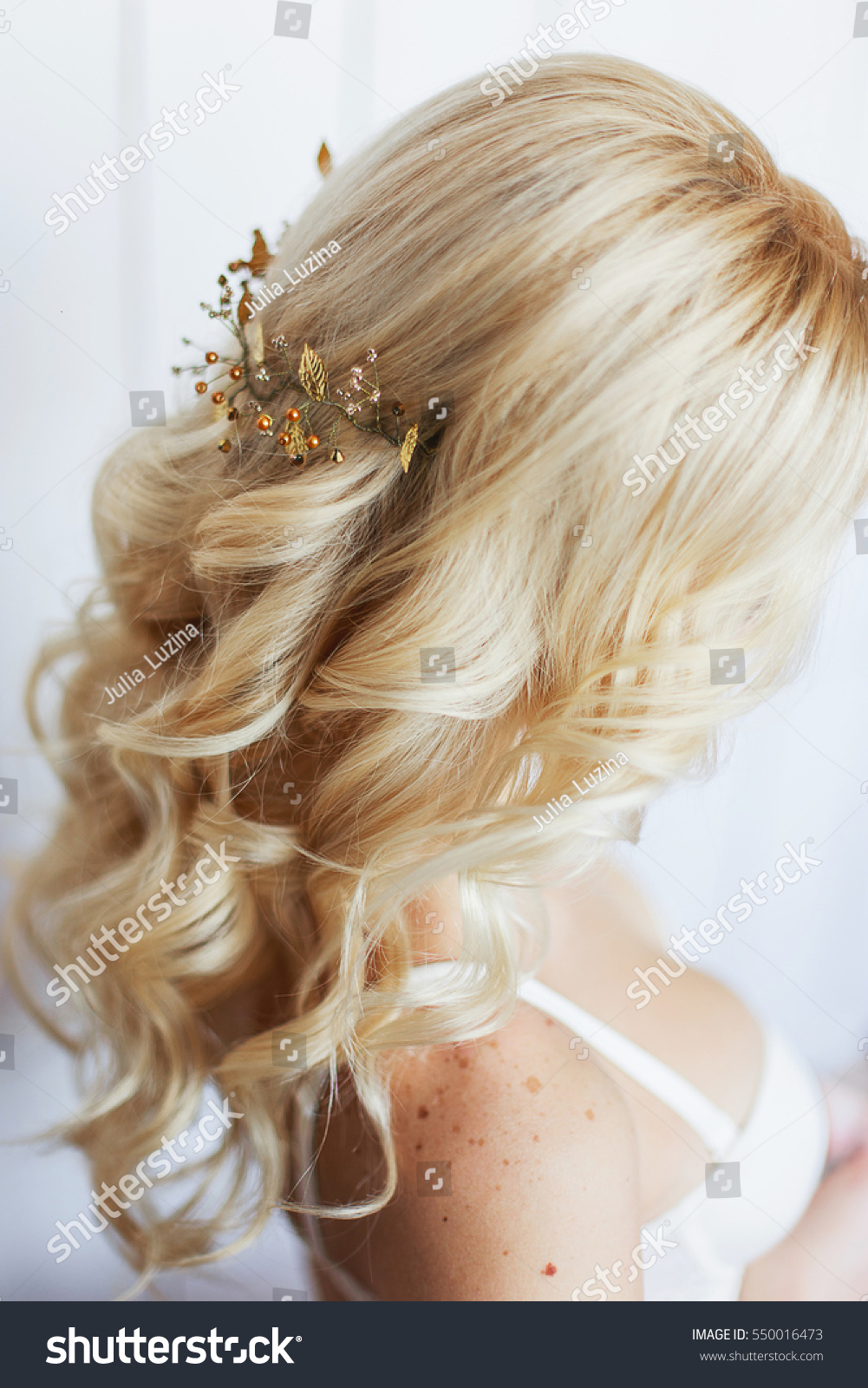 Tender Wedding Hairstyle Accessories Long Blond Beauty Fashion
