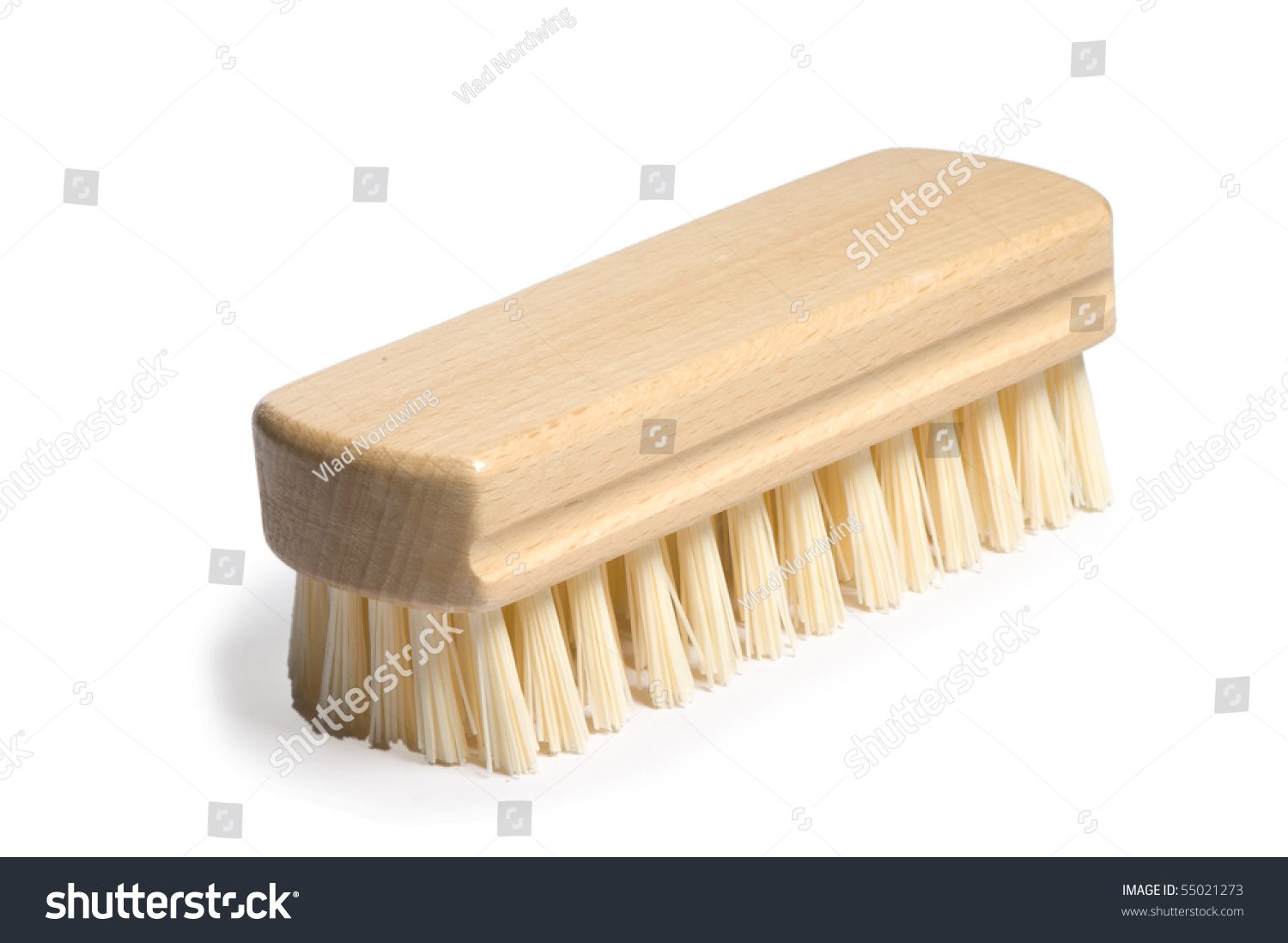 how to clean wooden hair brush