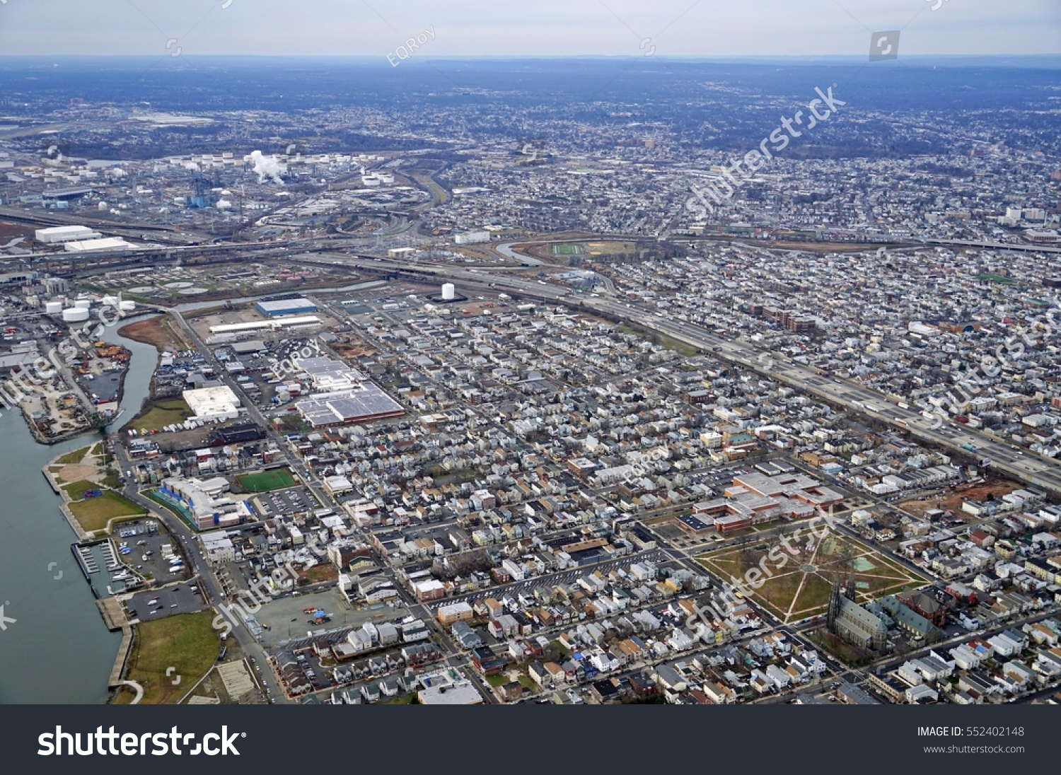 Ewr Airport Logo: Aerial View New Jersey Turnpike Near Stock Photo 552402148