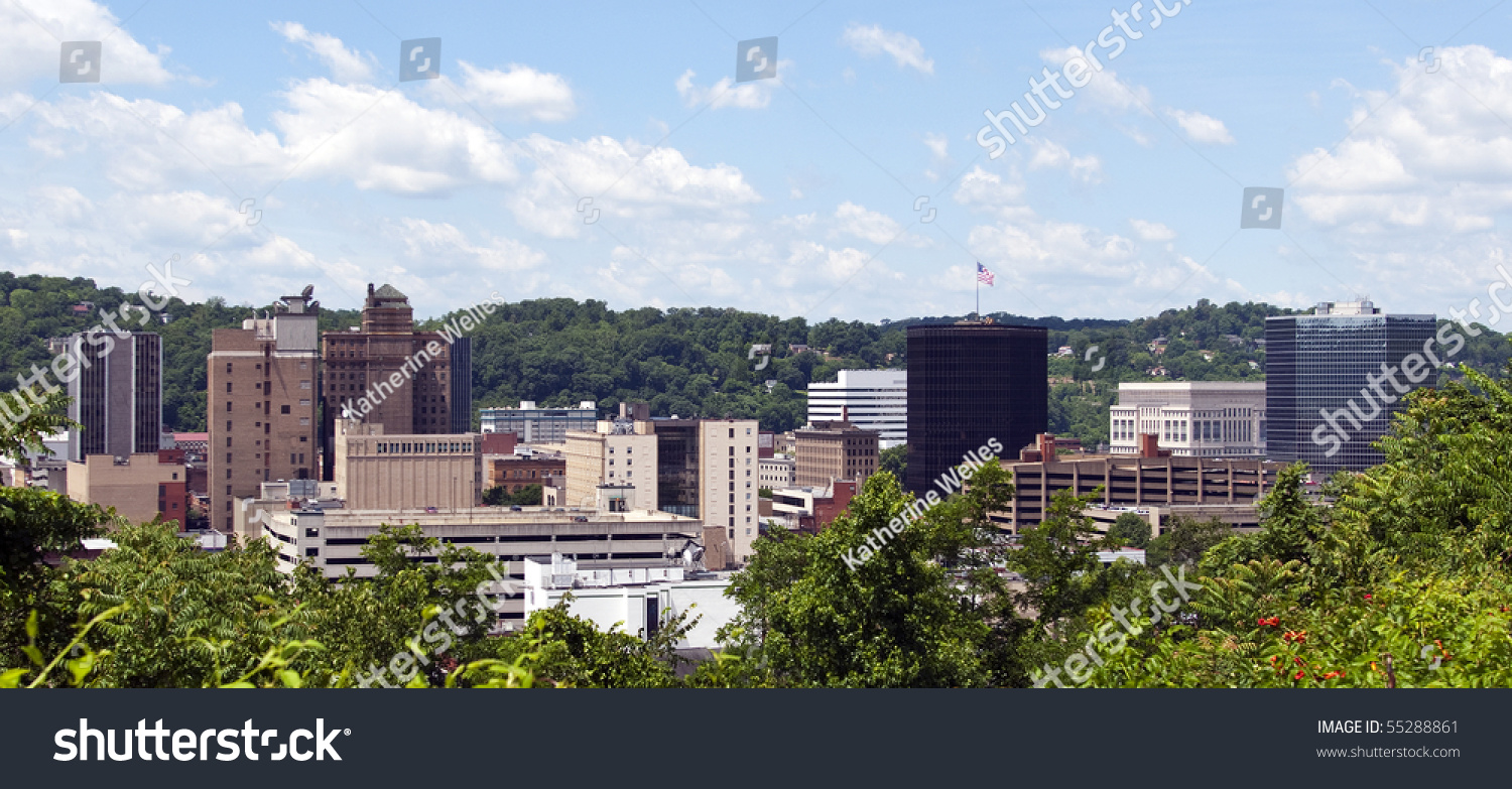 View skyline downtown charleston west virginia stock photo for Capital city arts and crafts show charleston wv