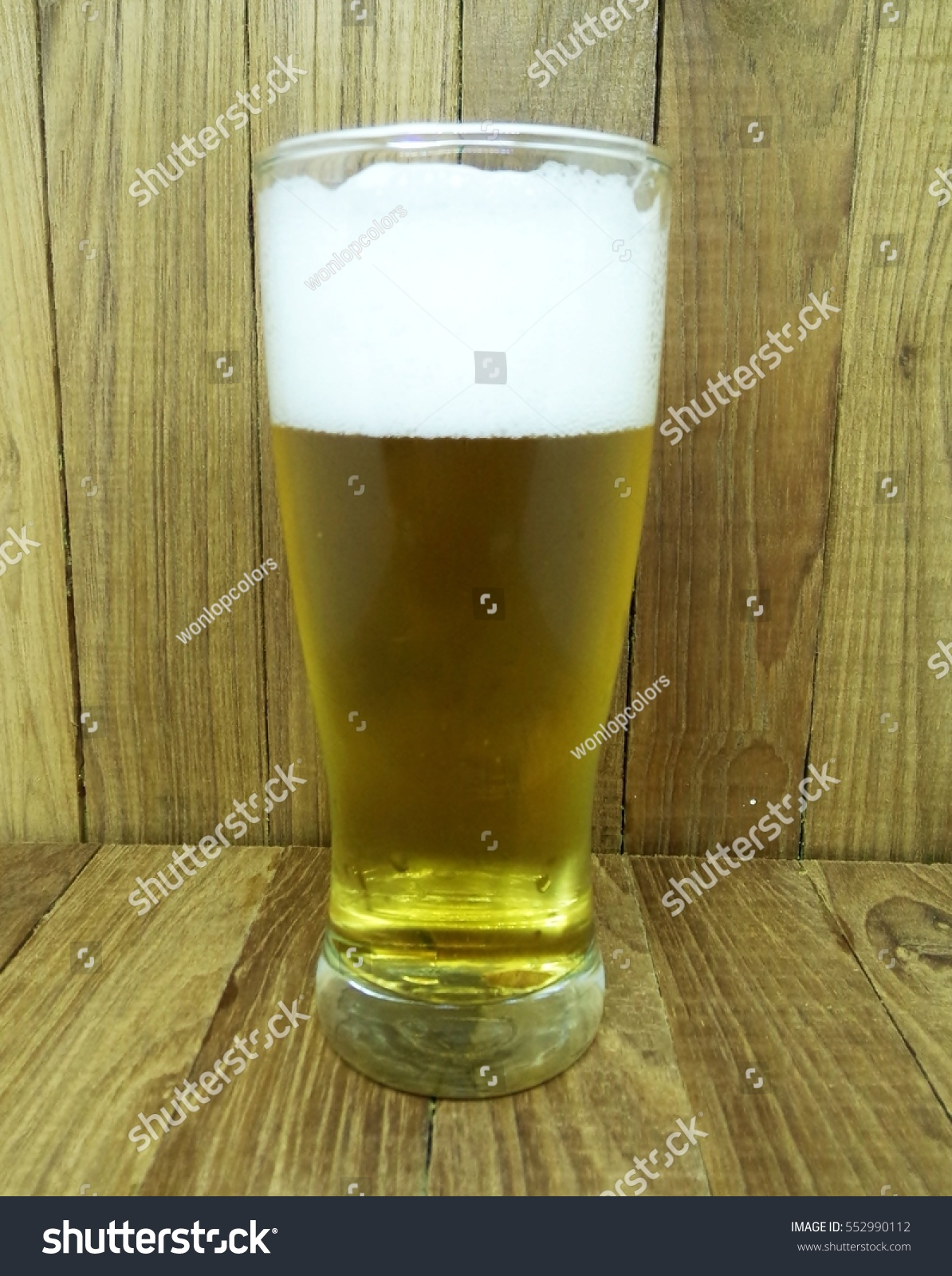 glass beer on wood - photo #35