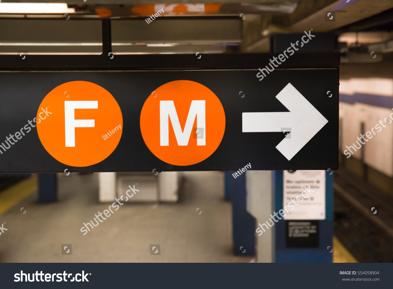 New York City Subway Sign F Stock Photo Edit Now 554058904