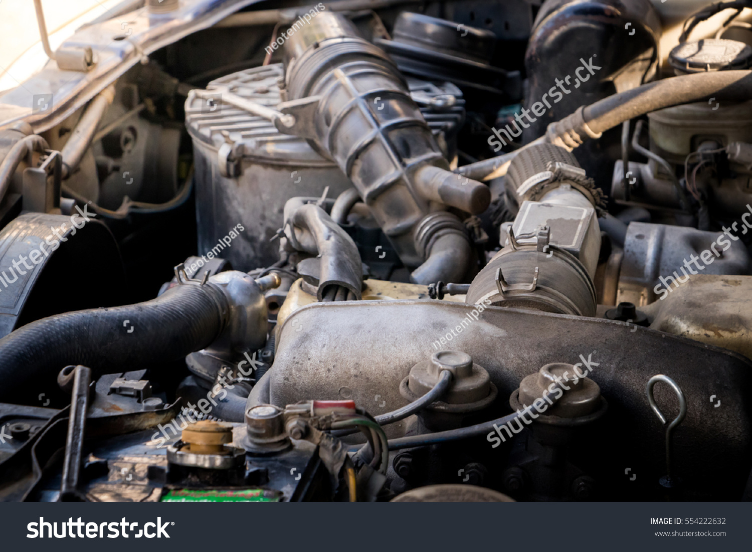 Close Detail Old Car Engine Stock Photo 554222632 - Shutterstock