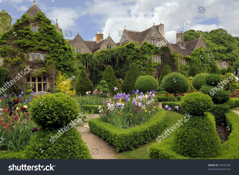 Quaint Charming English Cottage Stock Photo 55432528 ... Quaint English Cottages