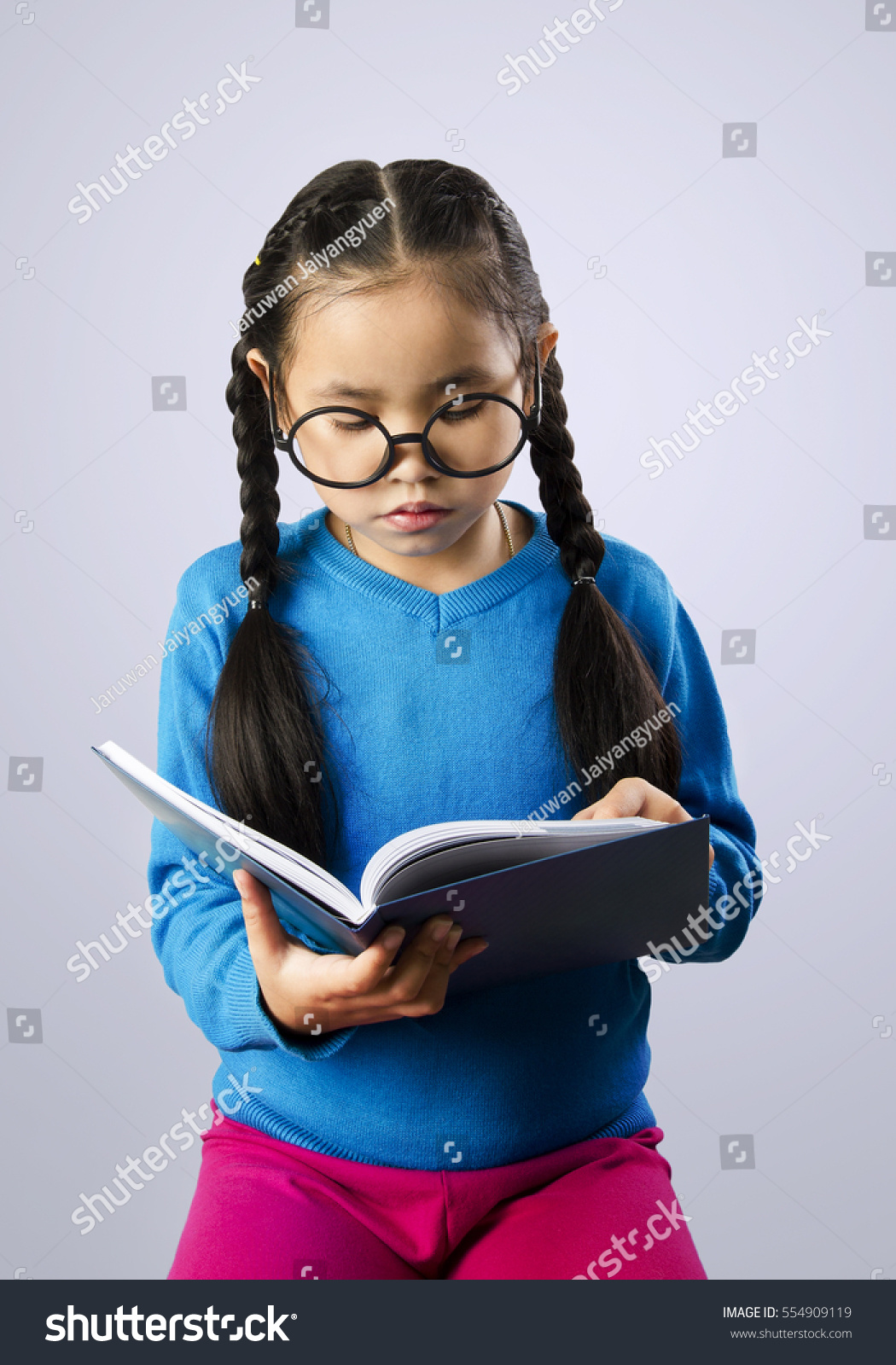 Cute Asian Little Girl Blue Sweater Stock Photo 554909119 ...