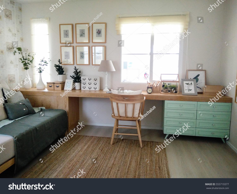 Pastel Decorating Ideas Working Room Design Stockfoto (Jetzt ...
