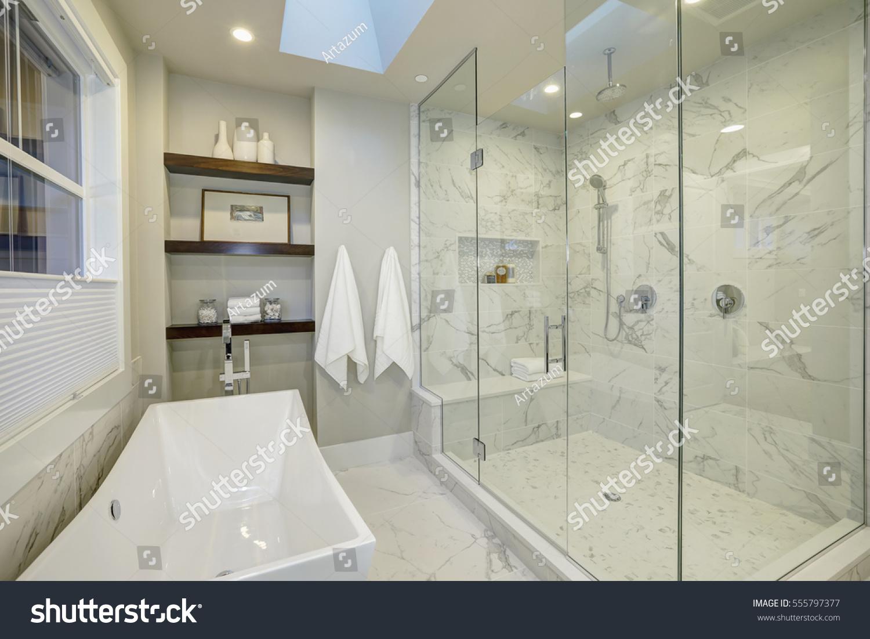 Amazing White Gray Marble Master Bathroom Stock Photo Edit Now 555797377