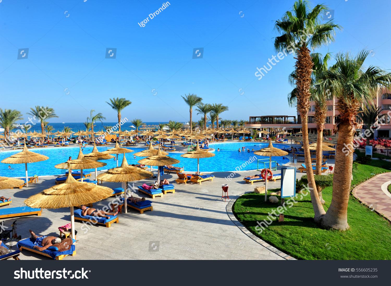 Hurghada Egypt October 14 2013 Tourists Stock Photo Edit Now 556605235