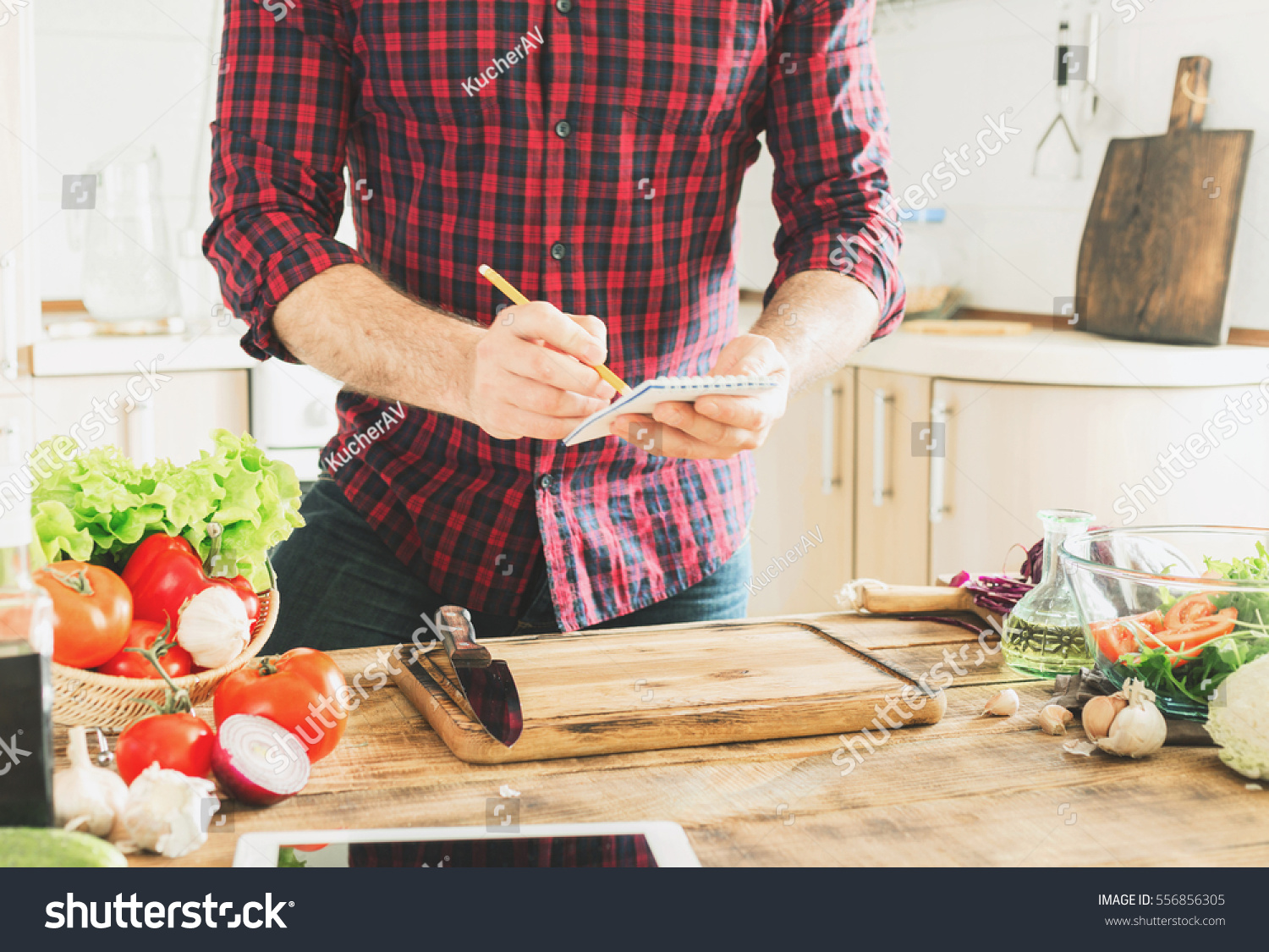 Ingredients cooking healthy food on wooden imagen de archivo stock ingredients for cooking healthy food on a wooden table in a home kitchen in the forumfinder Choice Image