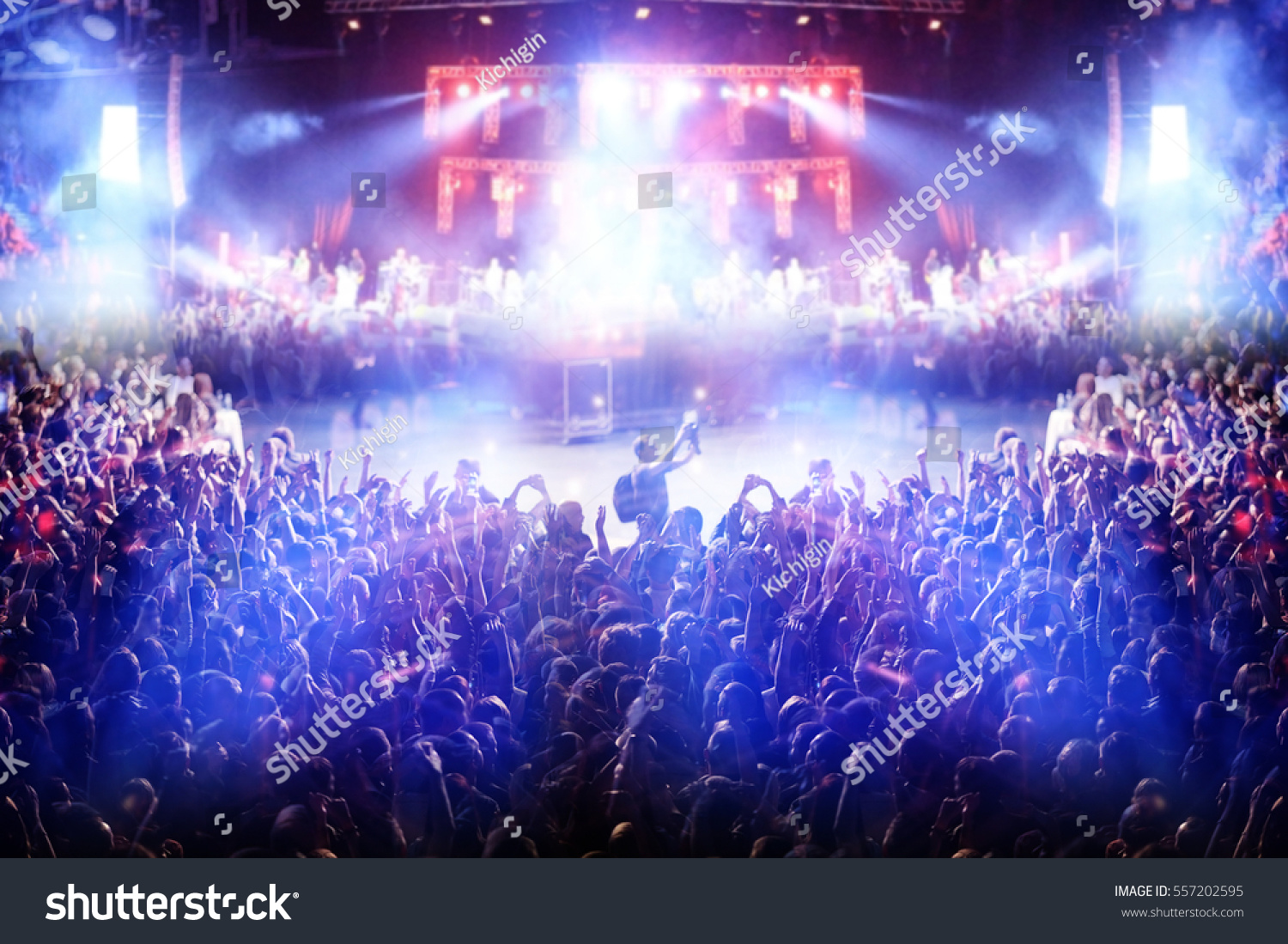 Pics photos rock concert background - Crowd At A Rock Concert Spotlight Background Blur