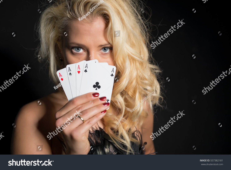 start online casino poker 4 of a kind