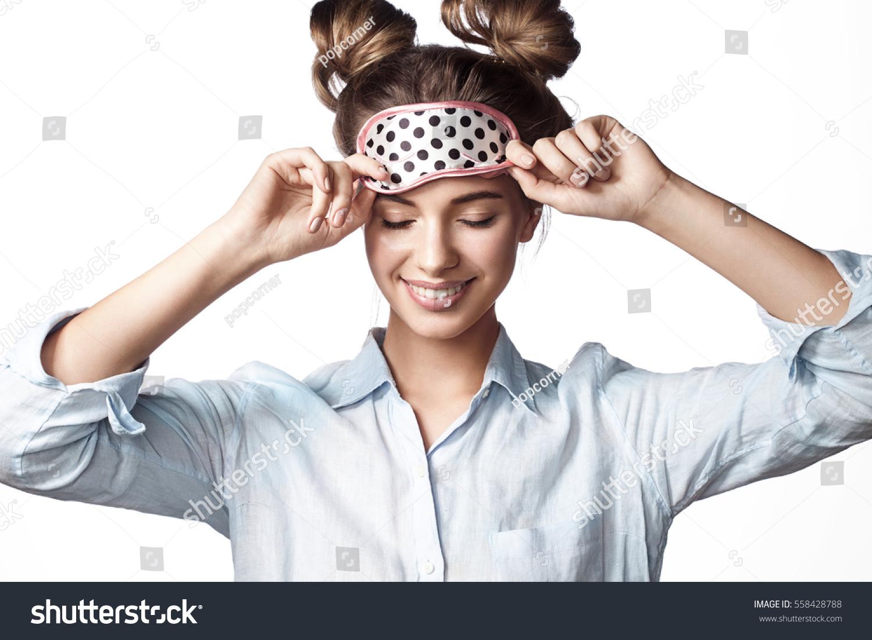 Sleeping garl mask hombre joder