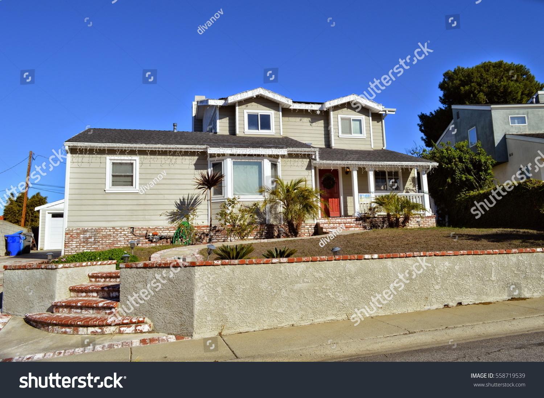 Luxury houses manhattan beach city ca stock photo for Luxury houses in california