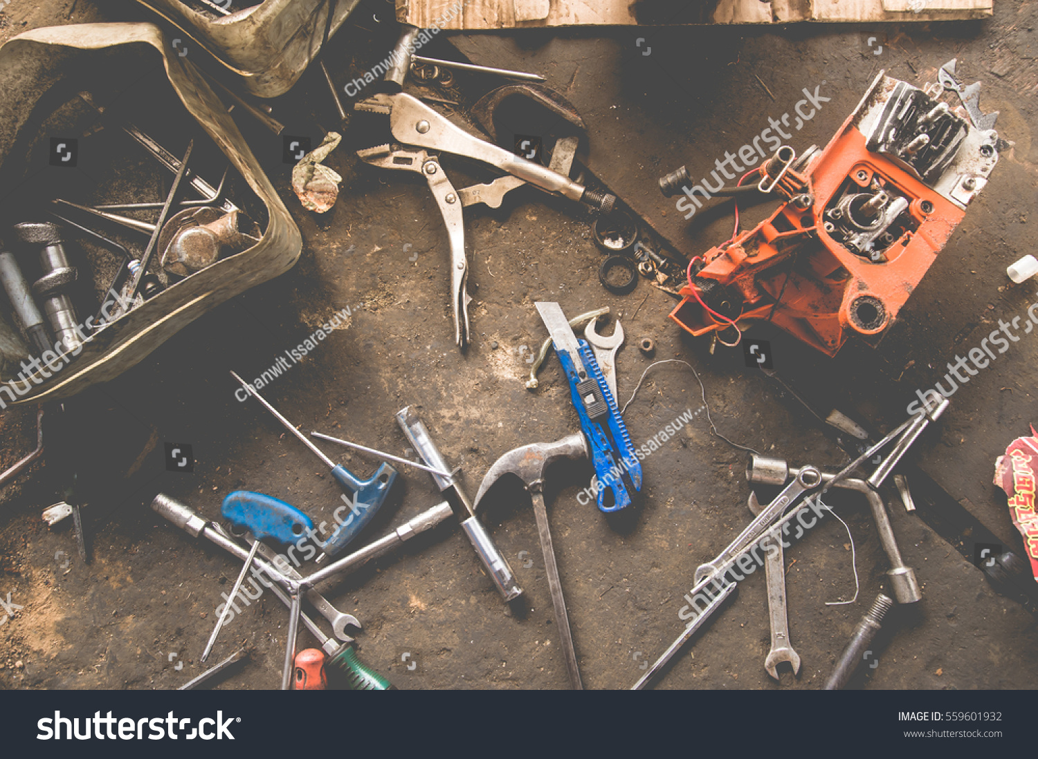 many tools on dirty floor set stock photo 559601932 shutterstock. Black Bedroom Furniture Sets. Home Design Ideas