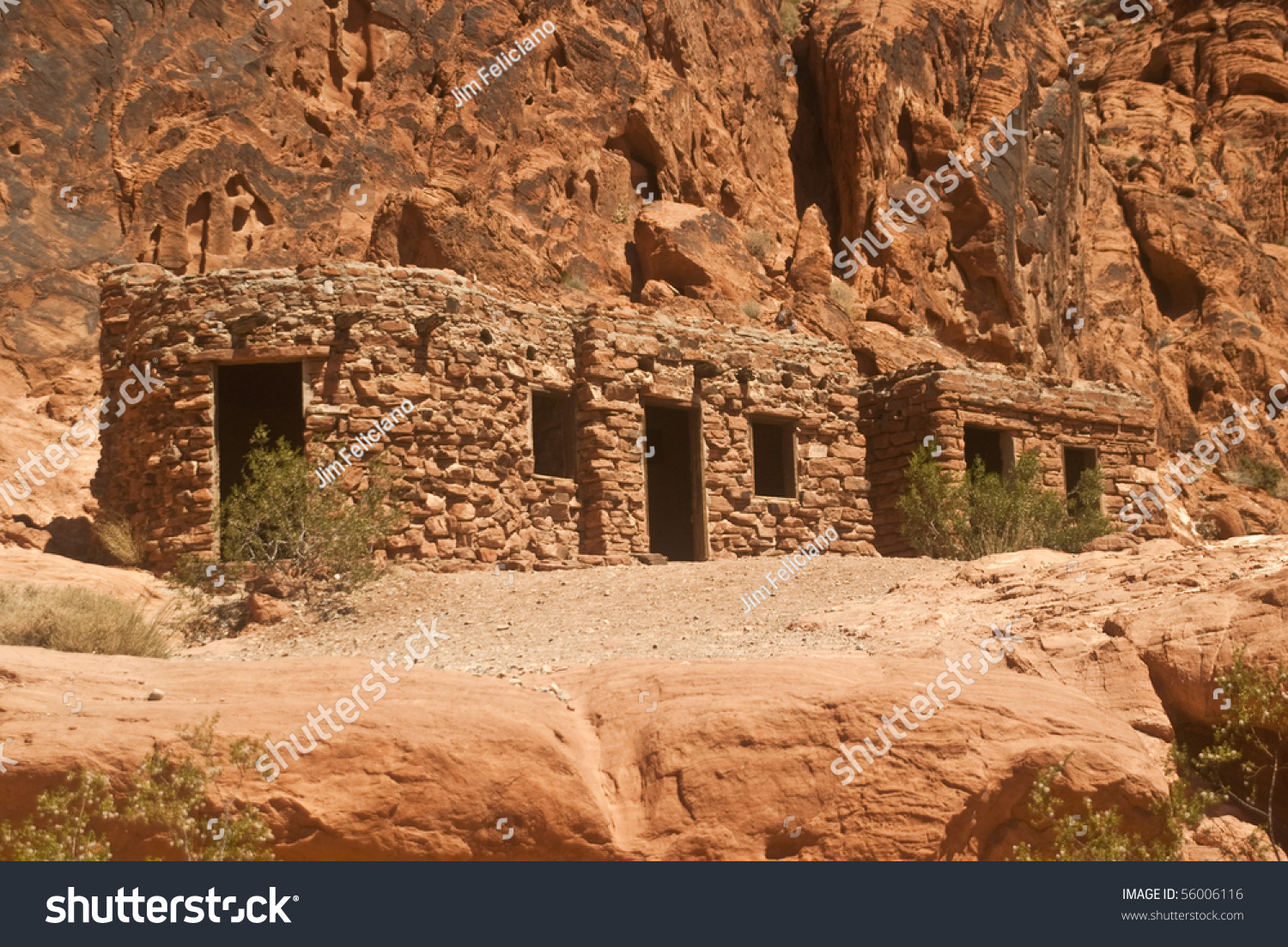 the rock cabins at valley of fire state park near las