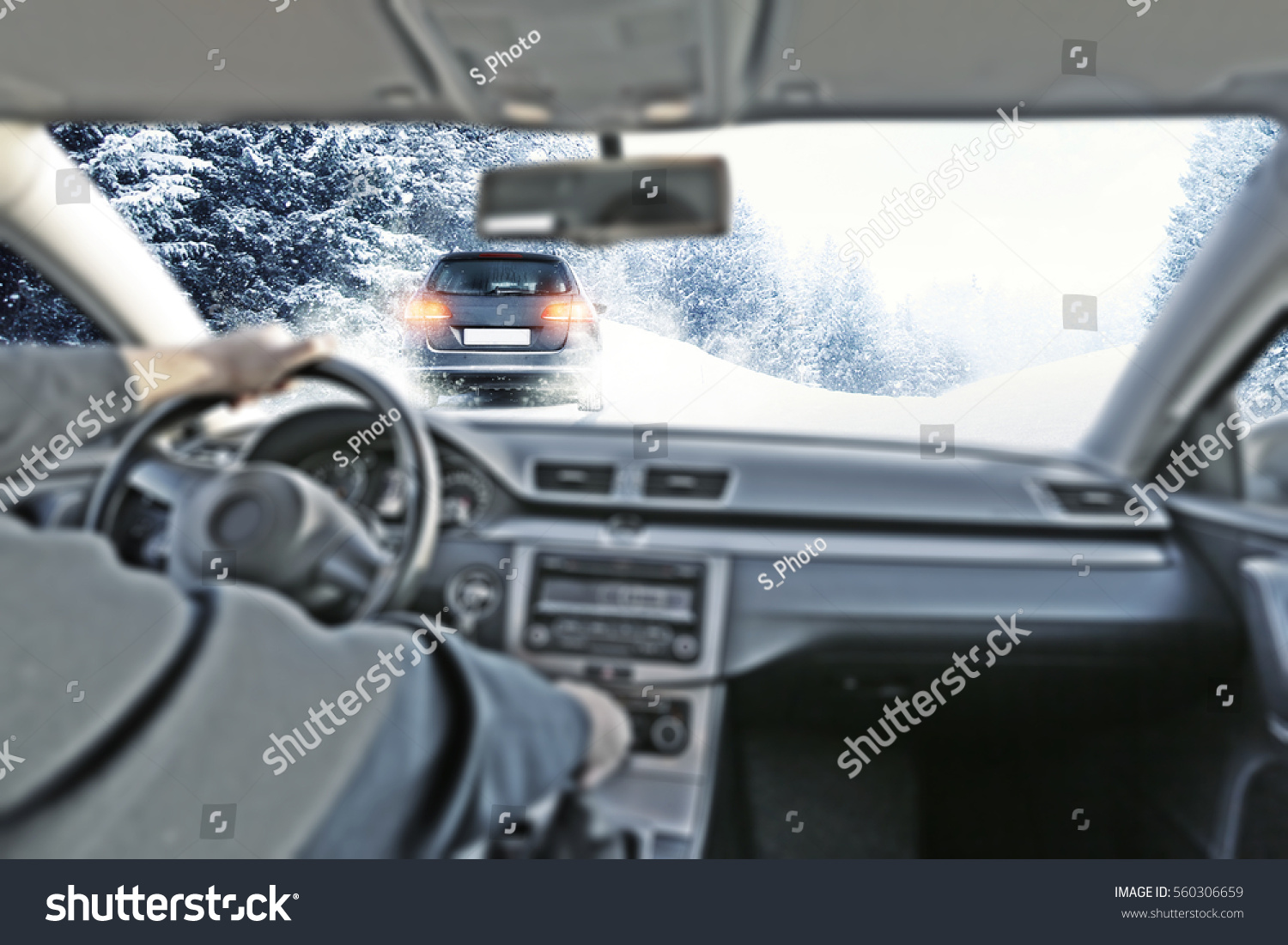 car interior drivers hands winter road stock photo 560306659 shutterstock. Black Bedroom Furniture Sets. Home Design Ideas
