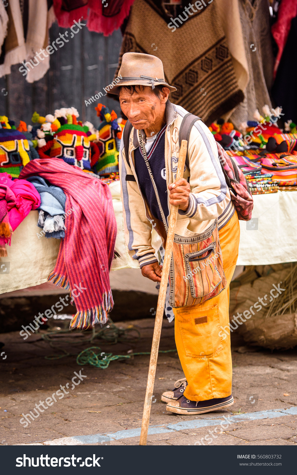 otavalo men Traditional clothing and dress of ecuador they are easily recognizable with the men dressing in white the otavalo market.