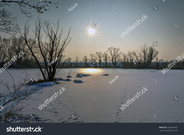 Frozen Lake Savica Sanci Park Zagreb Stock Photo Edit Now 562406932