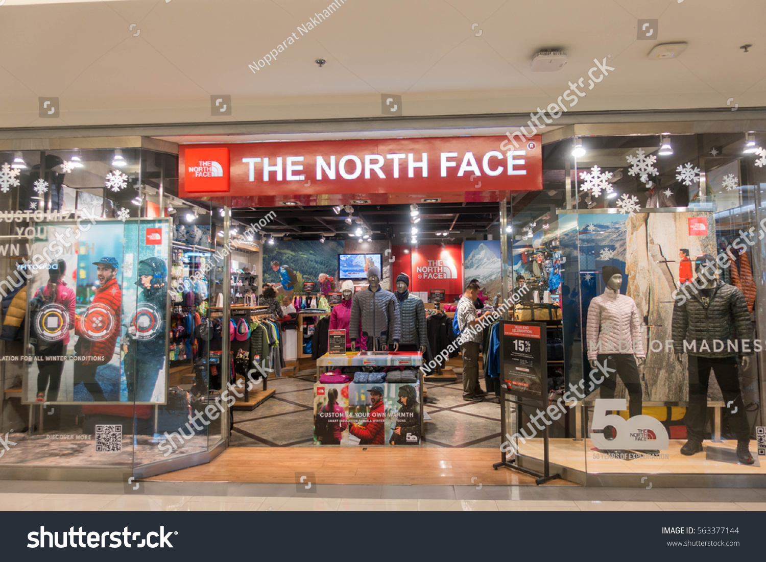 premium selection 2f8d2 30168 The north face outlet mall : Ross clothing store application