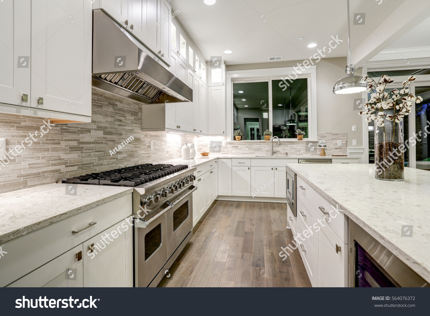 Gourmet Kitchen Features White Shaker Cabinets Stock Photo Edit Now 564076372