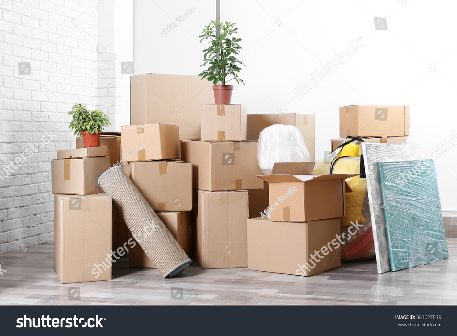 Packed Household Stuff Moving Into New Stock Photo 564627049 ...