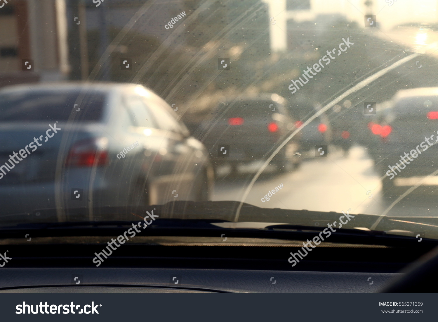 dirty windshield pollution auto glass dirty stock photo 565271359 shutterstock. Black Bedroom Furniture Sets. Home Design Ideas
